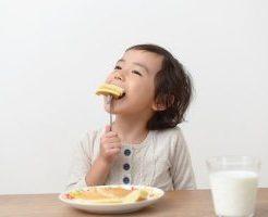 食べる子ども