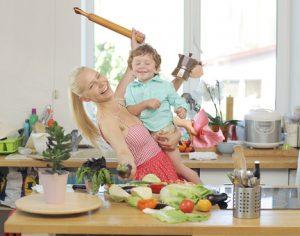 料理しながら子育て